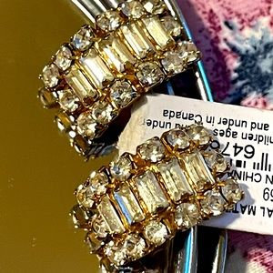 NWT Lucky brand crystal earrings Pierce rhinestone